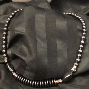 NWOT GREY HEMATITE NECKLACE